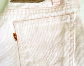 1990s LEVIS ORANGE TAB Pink Mom Short // Size 24