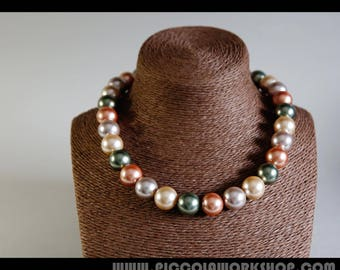 Handmade Multicolor Natural Shell Pearl Beads Necklace