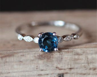 Art Deco Natural Topaz Engagement Ring VS 5mm Round Cut London Blue Topaz Ring Birthstone Ring 14K White Gold Engagment Ring Birdal Ring