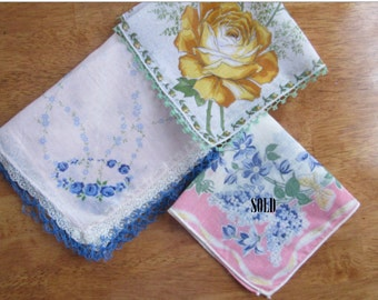 Free Shipping In USA Vintage Ladies Cotton Handkerchiefs Floral Designs Crocheted Edging -328