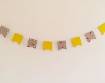 Yellow & Spotted printed card bunting