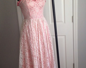 Vintage 1970s Pink Gunne Sax Dress with Lace