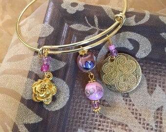 Expandable Bangle with Beads and Charms