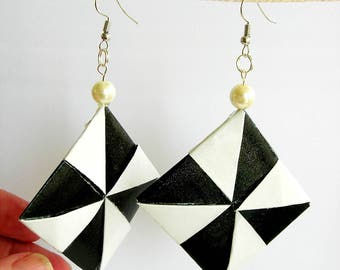 Earrings of paper.  square, black white