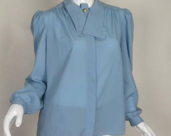 Light Blue Long Sleeve Shirt Button Up Size 12 by G.W. Division of Graff