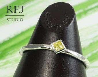 Kite Lab Yellow Diamond Faceted Silver Ring, Yellow Stone Minimal Rhombus Setting Ring, Princess Cut 2x2 mm Square Yellow CZ Stacking Ring