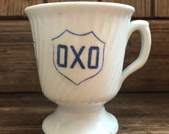 Plum & Rose soy candle in a vintage retro Oxo Mug