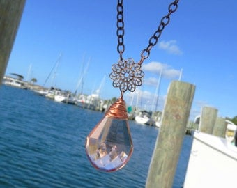 Vintage Peach Crystal and Copper Necklace // Vintage Chandelier Crystal Necklace // Peach Teardrop Crystal