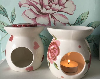 Beautiful hand decorated Emma Bridgewater pattern Wax melt burner in Rose and Bee