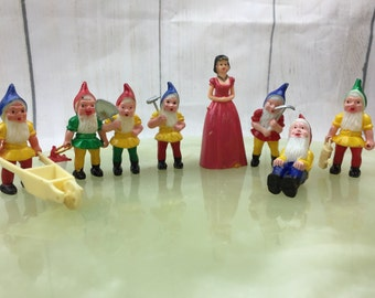 Vintage Snow White and the seven dwarfs set