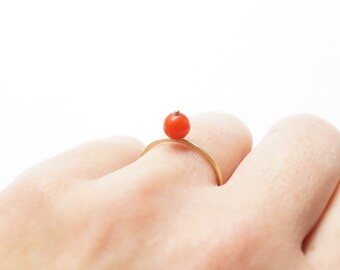 Gold ring with coral bead * Stacking ring