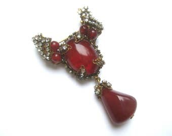 Miriam Haskell Exquisite Scarlet Glass Tear Drop Brooch c 1950