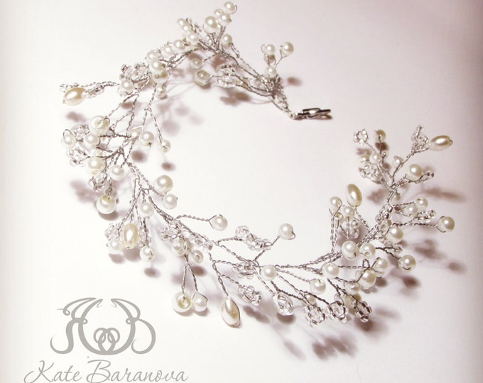 Wedding Wreath Bracelet vine Bridal vine Bracelet gold Wedding Rhinestone Bracelet Pearl Rustic Bridesmaid Bracelet Bohemian bracelet bead