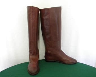 9West 80s Vintage tall maroon leather flat women Sz 6.5 riding boots.