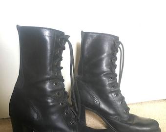 Vintage black designer lace-up boots with heel 7.5