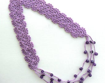 crocheted lace necklace with beads