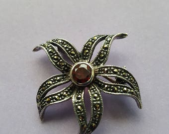 925 Marcasite Flower Pin