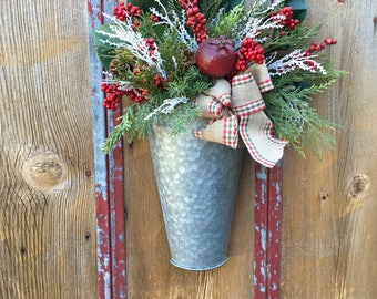 Christmas Tin Wall Basket Arrangement, Winter Wall Arrangement, Christmas Decor, Winter Decor, Farmhouse Decor, Country Decor, Rustic Decor
