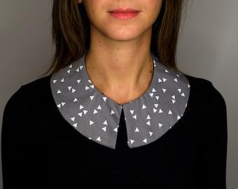 detachable triangle collar