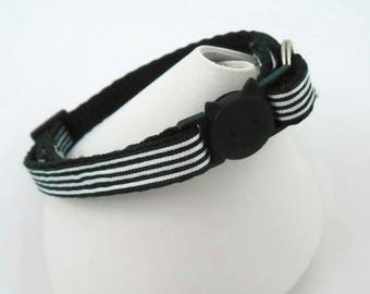 Cat Collar, Breakaway, Handmade, Safety Collar, Collar with Bell, Fabric Cat Collar, Adjustable Cat Collar