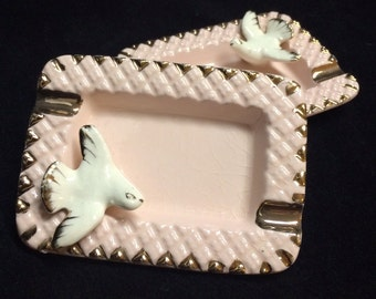 Pair (Set of 2) 1950's Quilted Pink & Gold Dove Ceramic Ashtray ESD Japan Ladies Women Personal Vintage Ceramic