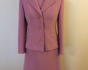Smart Vintage 70s Suit - Dress and Jacket in Dusky Pink Size 10 - Fortown London