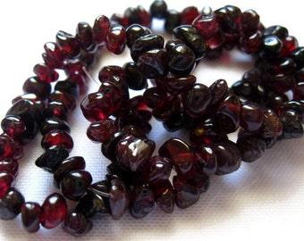 Red Garnet Gemstone Nugget Beads - Garnet Chip Gemstone Bead Strand - Red Garnet Nugget Strand - Garnet Chips - Garnet Nugget Beads 4-7mm