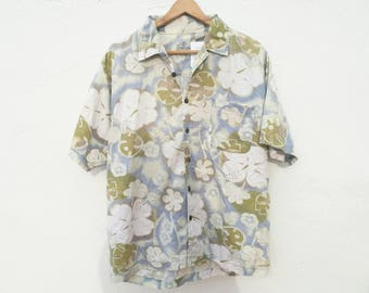 FLORAL PATTERN SHIRT / / unisex / / vintage clothing / / floral pattern / / brown / / hawaian shirt