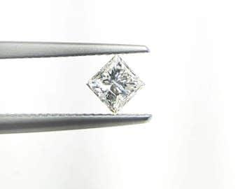 Natural 1/2ct Diamond