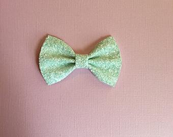 Minty Fresh Glitter Bow