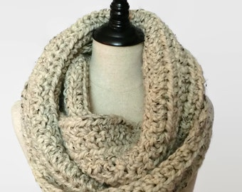 Chunky wool infinity scarf, ribbed knit Infinity scarf, bulky oatmeal scarf, textured crochet scarf, oversized knit scarf, ready to ship