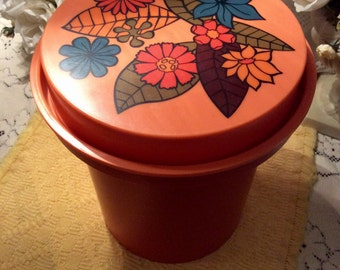 1970s Rubbermaid Canister set