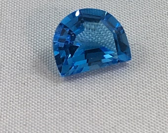 2.45 CT Half Moon Genuine Blue Topaz  Fancy Cut  10x8mm