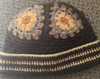 Brown granny square adults beanie