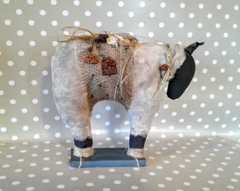 White Primitive Sheep - Primitive Decor- Primitive Self Sitter -Farm Decor - Primitive Sheep - Primitive Art - Rustic Decor - Black Sheep -