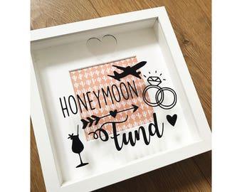 Beautiful honeymoon saving frame