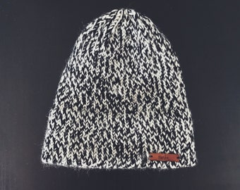 Fitted Beanie | The Wolcott | B&W