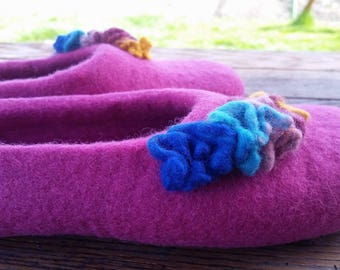 Felted slippers for woman - wool slippers - felted wool house shoes - made to order - eco friendly - felt slippers