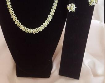 Vintage Choker Necklace Earrings Green Pistachio  Earrings Set Silver Tone