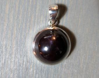 6-pointed Star Garnet in Sterling Silver