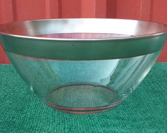 Mid - century modern silver rimmed Arcoroc France bowl