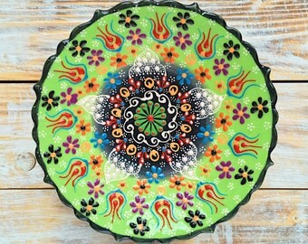 Plate, green plate, pottery plate, ceramic dish, green dish, decorative plate, pottery dish, handmade plate, colorful plate, handmade plate