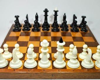 Soviet chess set. Vintage chess set. Chess USSR. Plastic chess. 32x32cm (12''x12'')