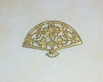 Brooch with Golden brass range
