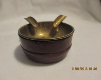 Saks Fifth Avenue vintag brass and leather ashtray, Made in Italy