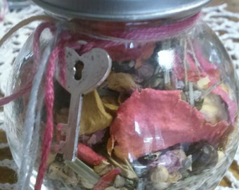 Herbs to Draw Love from The Cunning Toad sold as curio to draw love