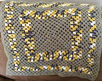 20 - 24 inch Yellow and Grey Baby Blanket