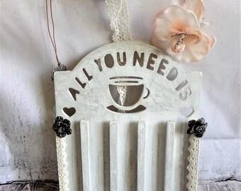 Door capsules shabby vintage spirit