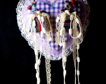 Handmade: Guatemalan Worry Doll hanging Heart Plaque 'Guatemala Purple Love' ~ Shabby Chic Decor (M1602)
