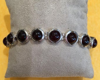 Bracelet in Silver 925 and Garnet cabochon
